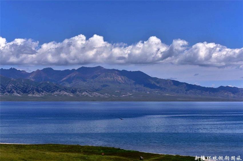 赛里木湖 (1)